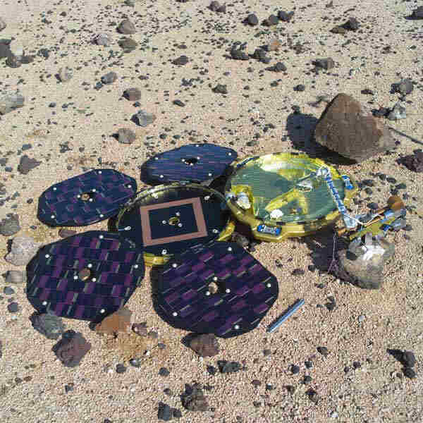 Beagle 2; Credit: ESA