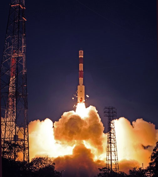 PSLV src=images/stories/2012/04/pslv xl start cr isro.jpg